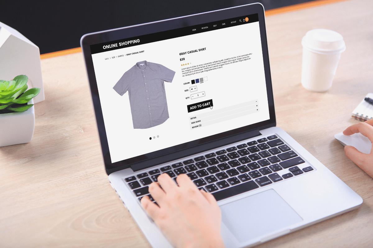online-shopping-on-laptop